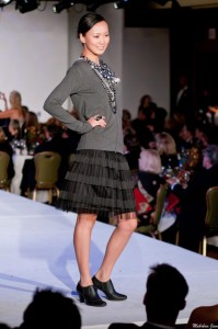SZU-plaid-skirt-blackgrey